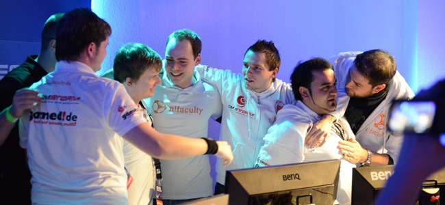 n!faculty CS:GO mit asmo, qk-mantis und disruptor